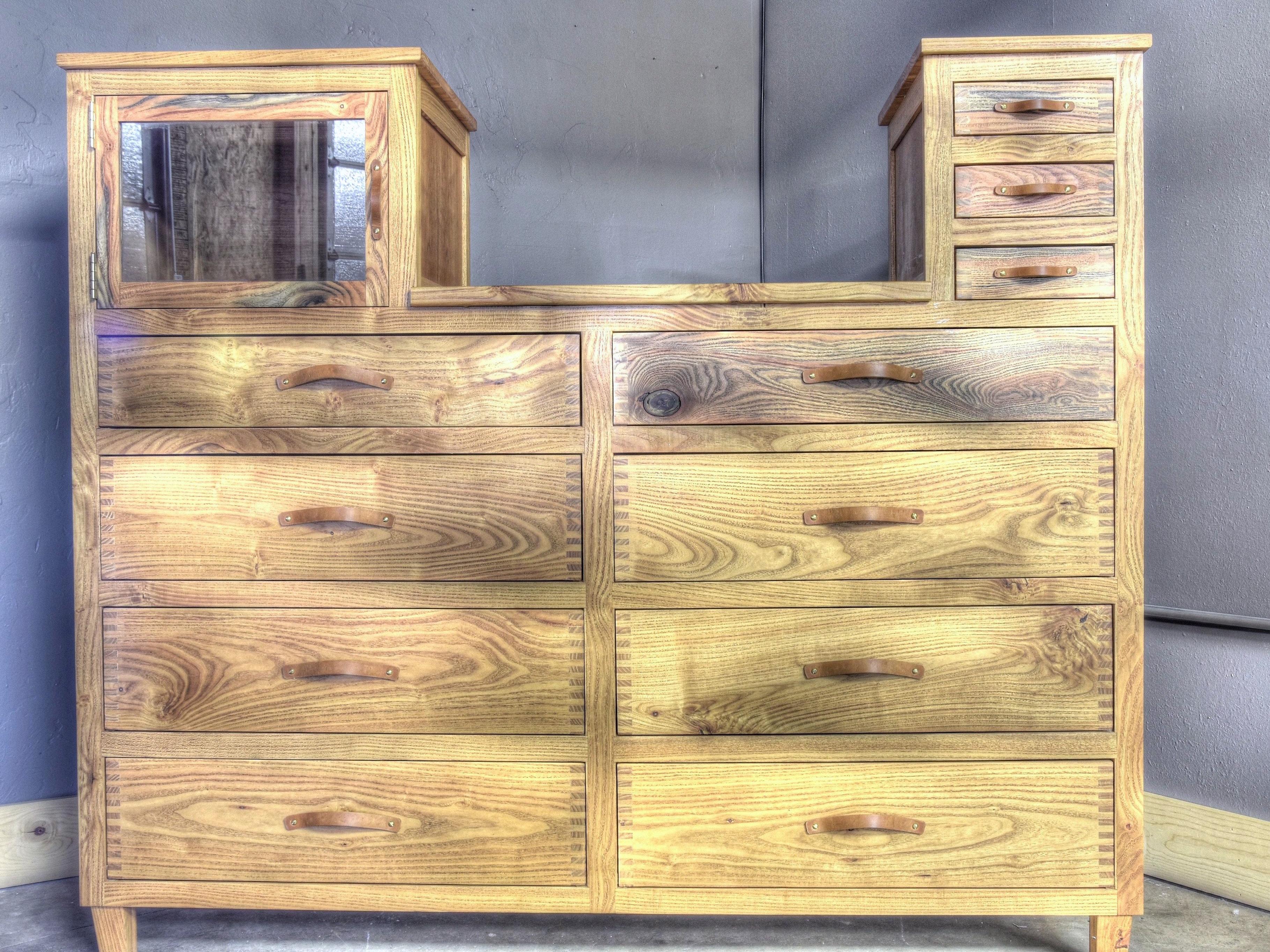 honey locust chest