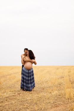 Fotografía embarazo - campo Madrid