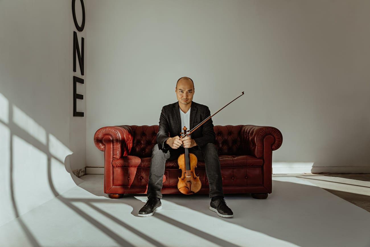 Sesión de retrato book músico violinista en Madrid