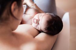 Fotografía recién nacido - lactancia