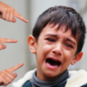 bullying-3362025_1920_edited.jpg