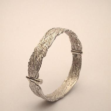 Smashed Chains Bracelet