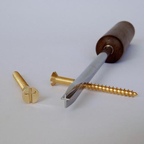 UnScrewdriver & UnScrews