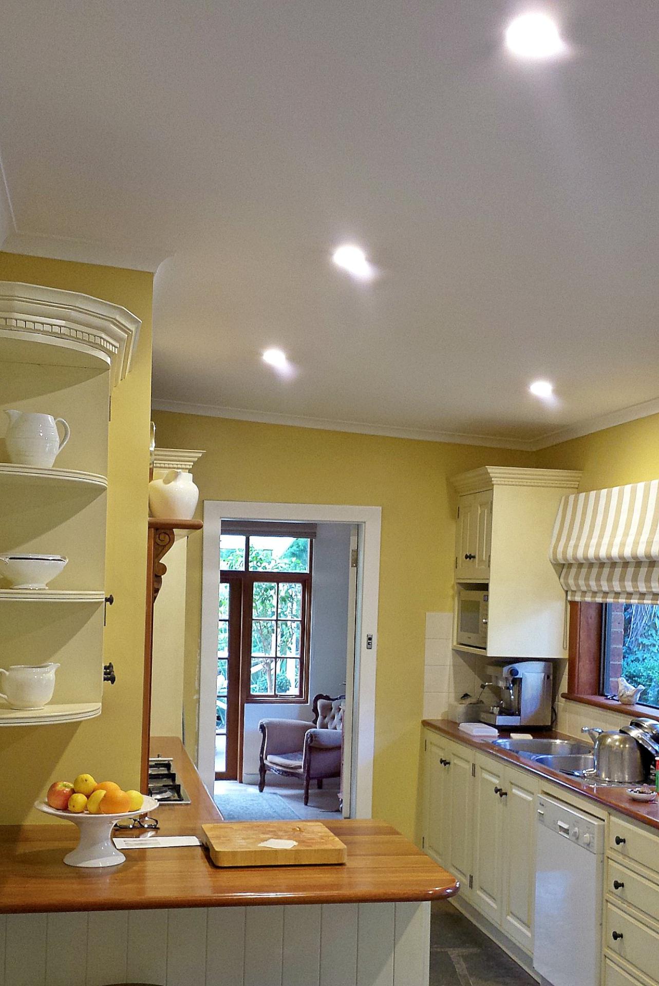 LED downlights installation
