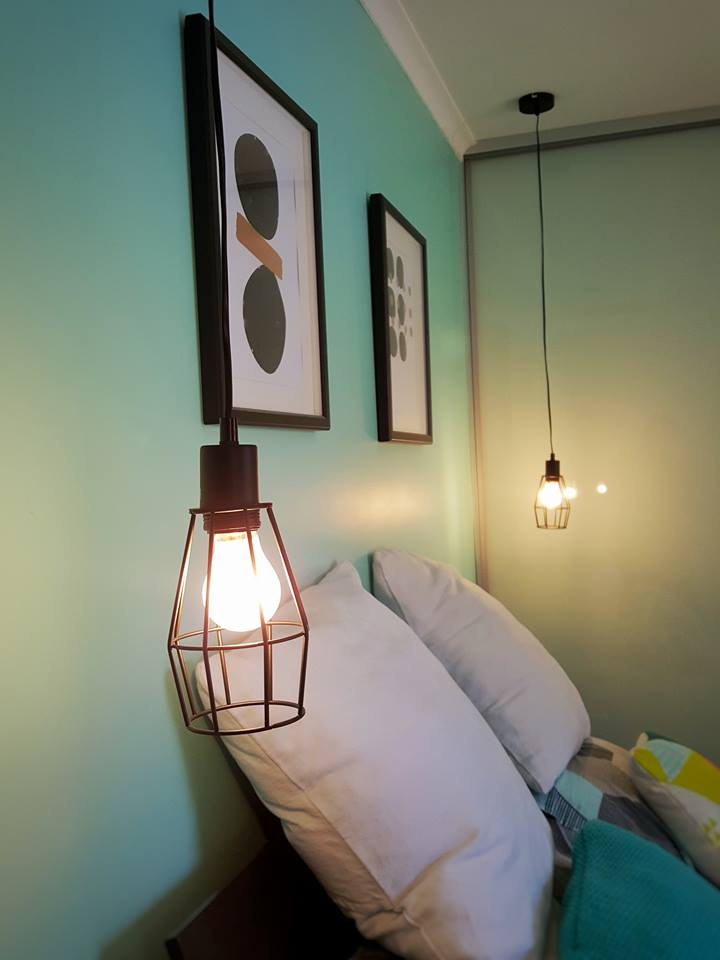 Pendant bedside light