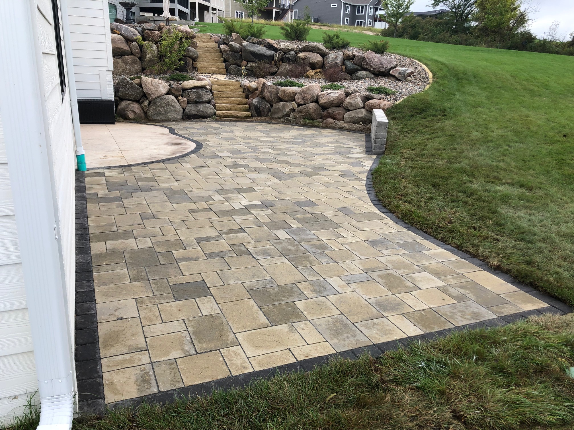 Patio & Firepits (7)