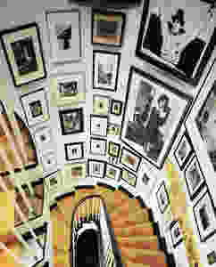 staircase, gallery wall, artwork, interior design, home trends, 2019, photos, dramatic, color, black and white, renovate, renovation, inspiration, focal point, home builder, home designer, consultant, contractor