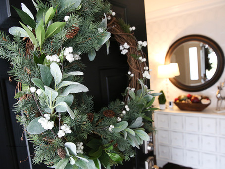 Easy and Eye Catching  Christmas Decor Ideas