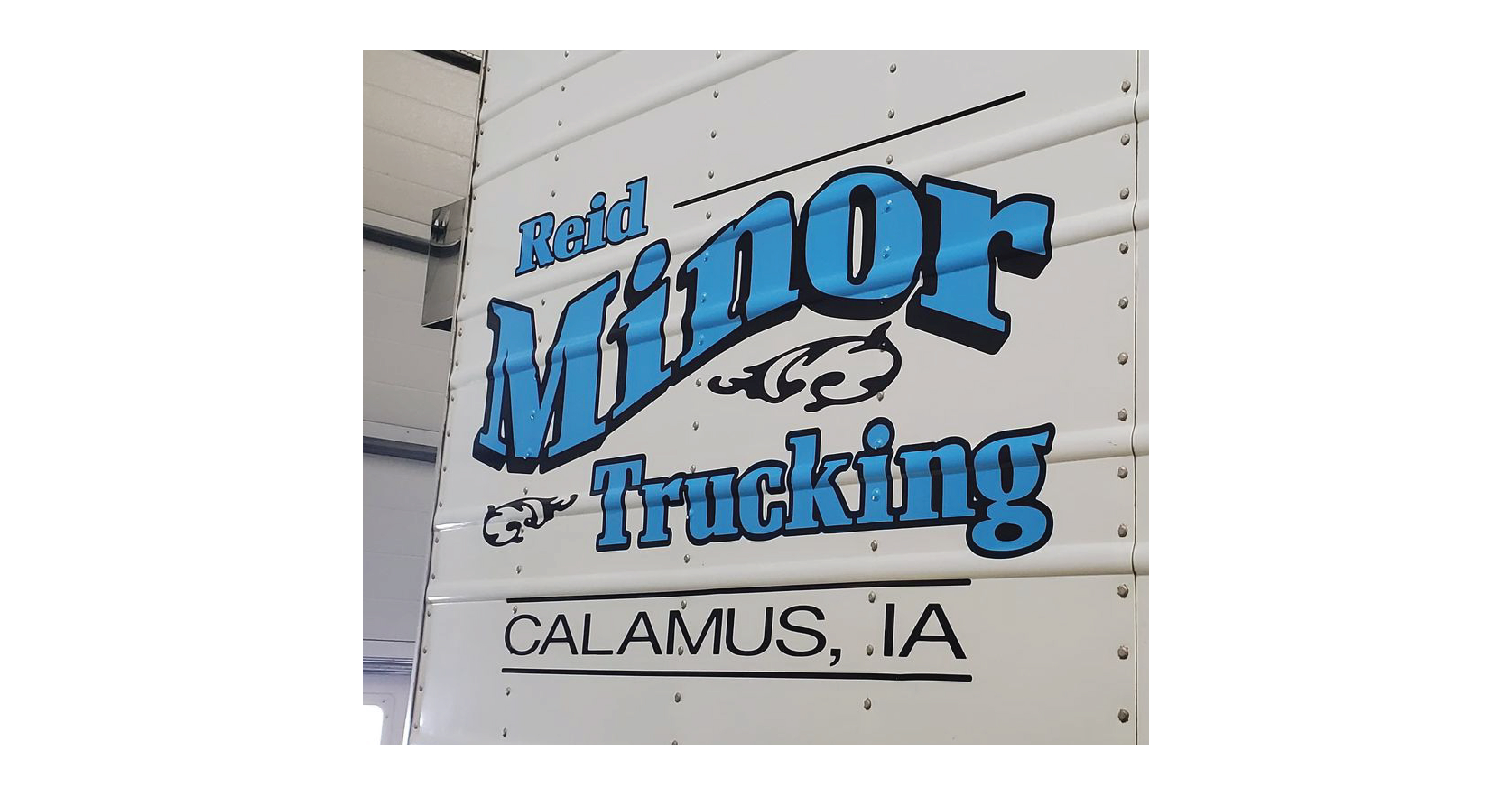 Minor Trucking Semi