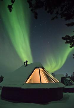 Muotka Aurora Cabin_northernlights