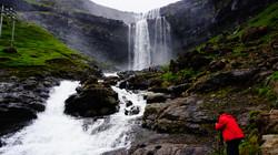 cascada en islas feroe