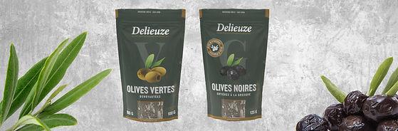 2 sachets d'olives Delieuze, sachet à fond vert pour des olives vertes dénoyautées et des olives noires entières à la grecque