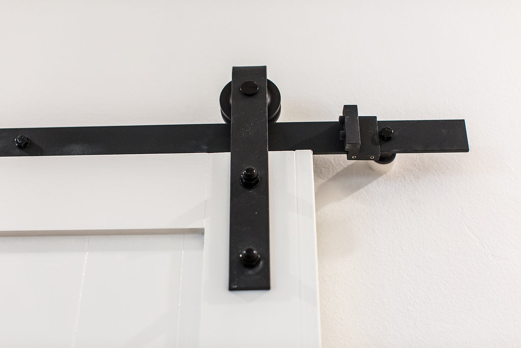 Barn door rail detail