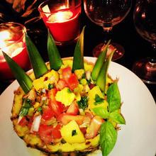 Salade exotique de noix de jambon fumée à l'ananas