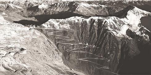 escursione-al-goldseeweg--sopra-trafoi-trekking--stelvio-ortles-alto-adige_edited.jpg