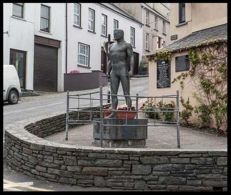Danno O'Mahoney's bronze statue