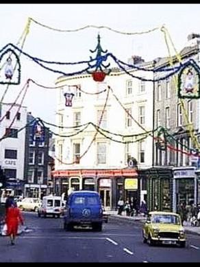 IRISH CHRISTMAS TRADITIONS & CUSTOMS