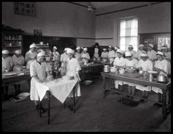 Cookery instruction twentieth century Ireland
