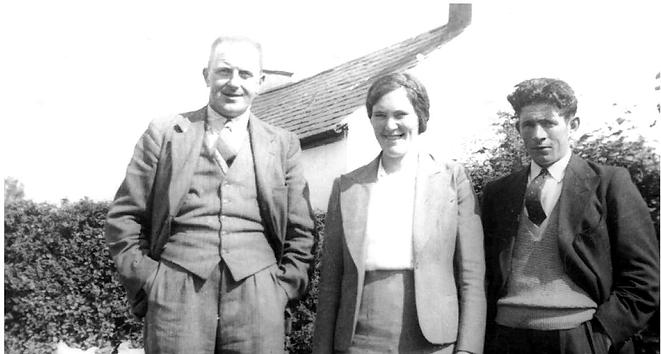Irish Family Detective