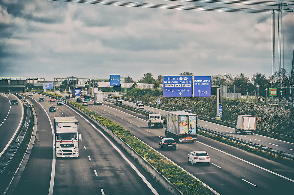 highway-4697840_1920.jpg