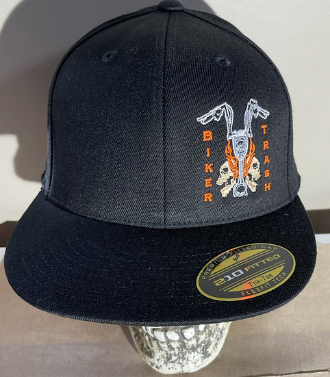 Front logo fitted hat