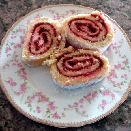 Jelly Roll-An EASY and IMPRESSIVE Dessert