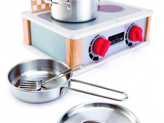 Hape 2-in-1 Kitchen and Grill Set