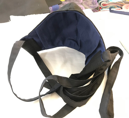 Contoured mask (black & navy blue)