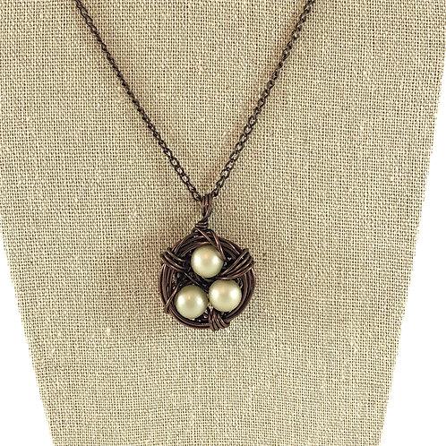 Soft Green - Birds Nest Necklace