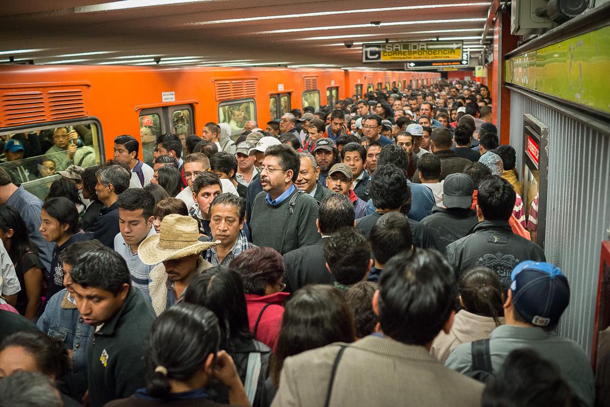 no pushing-no shoving metro crowd