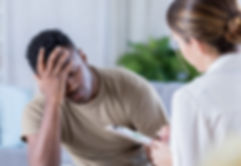 Upset-soldier-talks-with-therapist-e1528