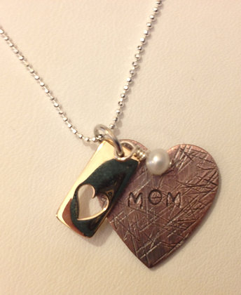 Mom Bronze Heart
