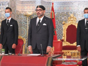 الملك: ...عندما أرى المغاربة يعانون ، أحس بنفس الألم ، وأتقاسم معهم نفس الشعور