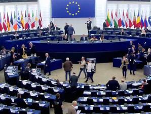 """الكيان الرئيسي الداعم لـ """"البوليساريو"""" بالبرلمان الأوروبي يتفكك"""