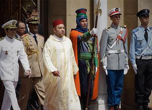 في بلاغ لوزارة القصورالملكية والتشريفات والأوسمة:الملك يقرر تأجيل حفل الاستقبال  واحتفالات الذكرى ال