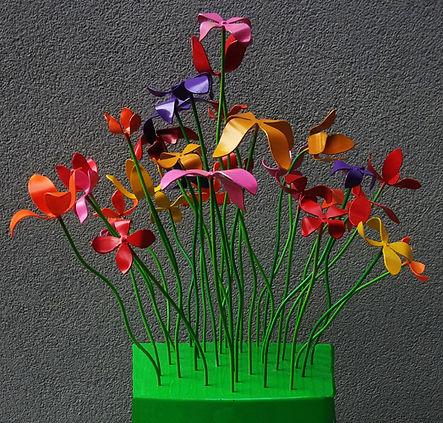 Blumenhocker_ausschnitt_home.jpg