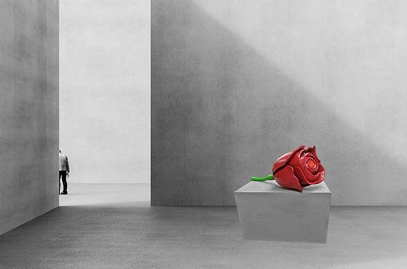 rose Sockel im Raum.jpg