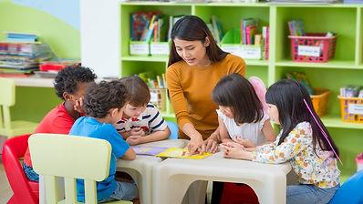 what does a preschool teacher do