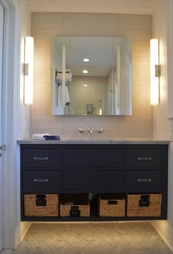 Middlesex Guest Bathroom Tile