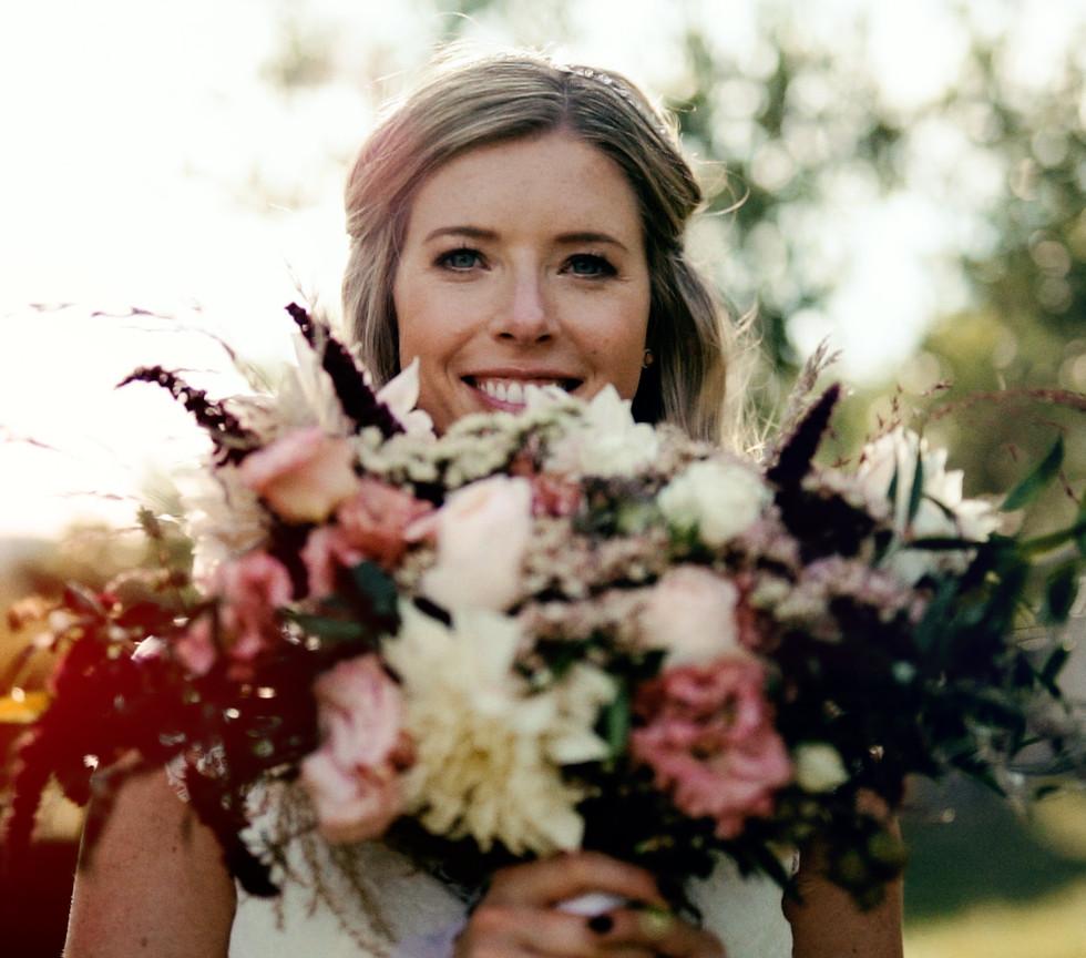 wedding_mariage_domaine_du_clos_dhullias_julienseremet_realstory
