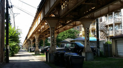 elevated train in Chicago southside