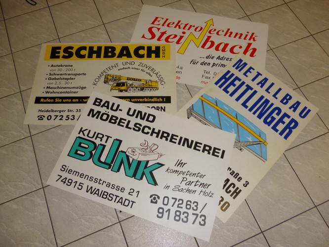Baustellen-Schilder