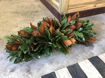 magnolia centerpiece.jpg