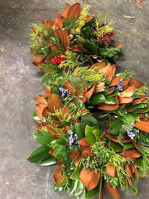 Fresh Mixed Magnolia Wreath