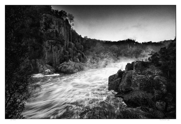 Cataract Gorge in Flood 10022.jpg