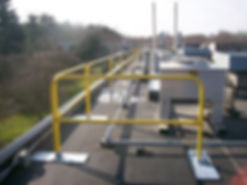 0001007_roof-guardrail-safety-yellow_550