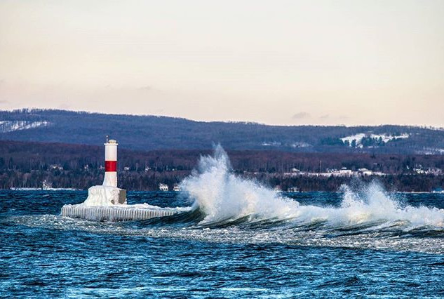 #petoskey #lighthouse taking a beating f