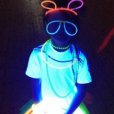 child at uv glw party
