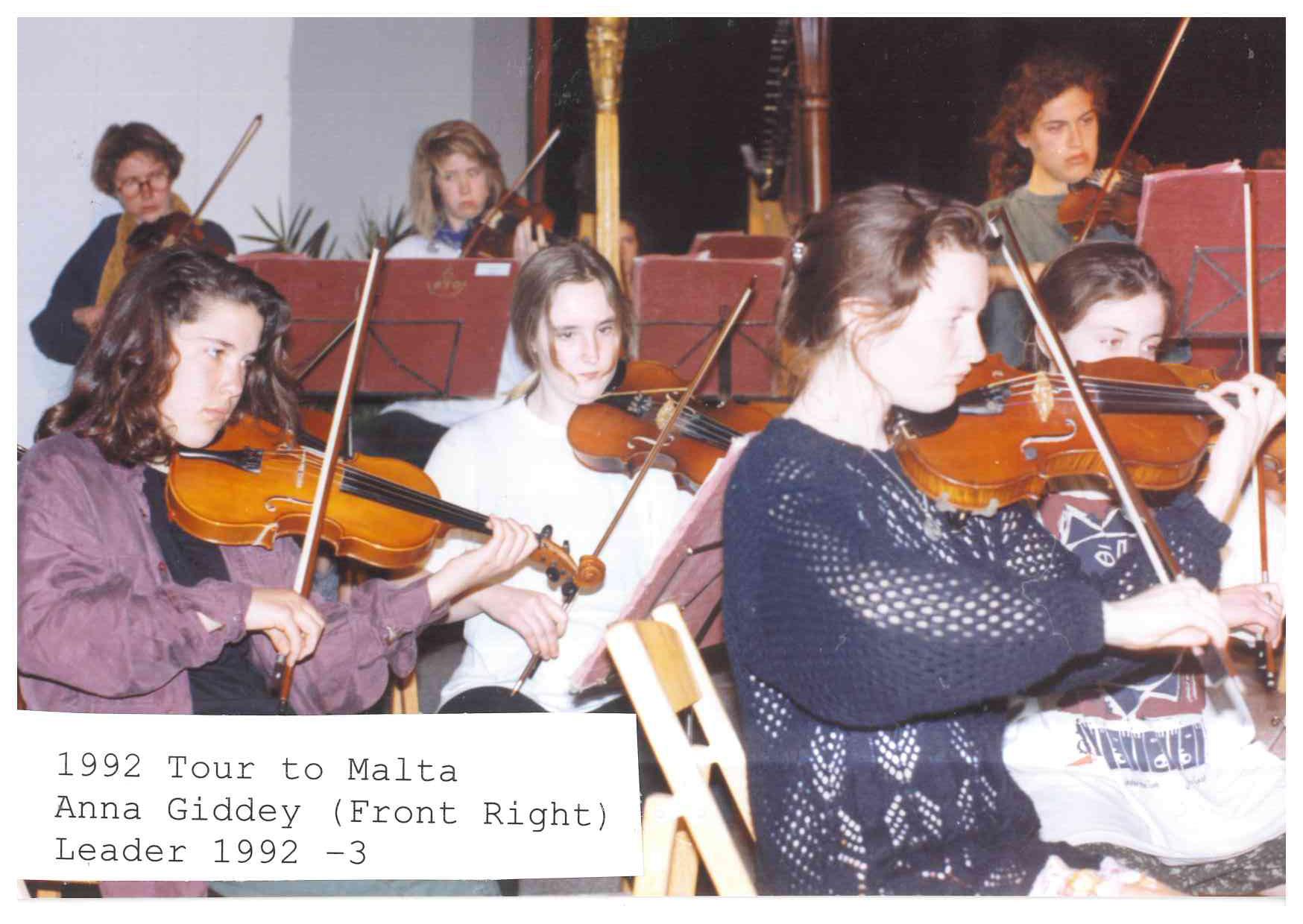 00523-Anna Giddey, 1992- '93.jpg