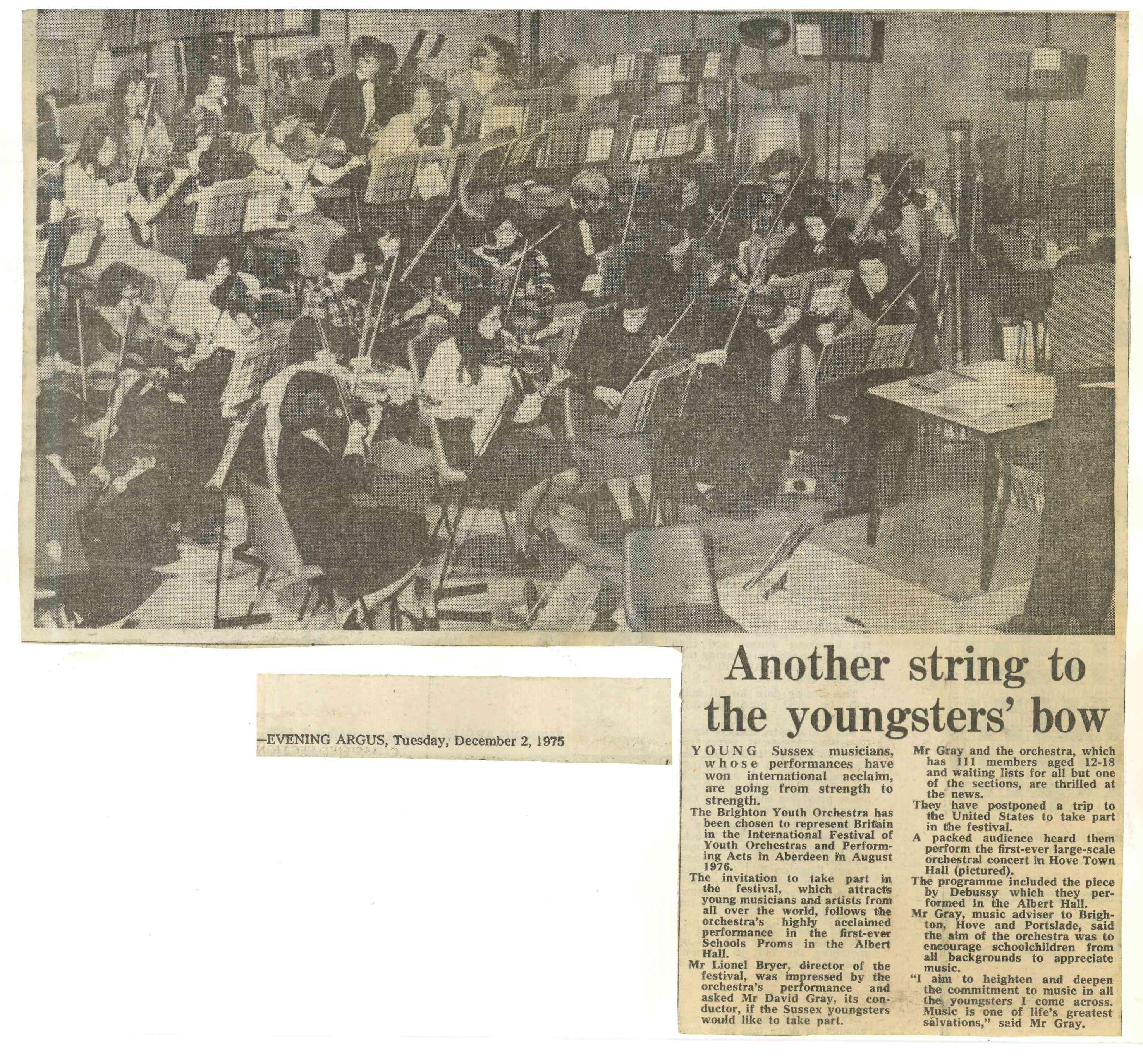 00030-Evening Argus, 2nd December 1975.jpg
